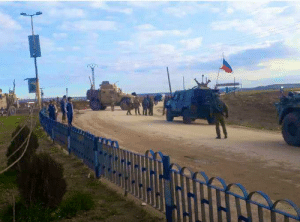 """""""Show of Force"""" between the US army & Russian forces in North eastern Syria -both sides blocking each other: """"Show of Force"""" between the US army & Russian forces in North eastern Syria -both sides blocking each other"""