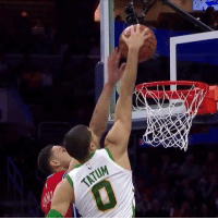 Simmons threw it down and Tatum immediately responded with a yam 😳: Simmons threw it down and Tatum immediately responded with a yam 😳