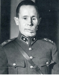 """Memes, Skull, and Military: Simo """"The White Death"""" Häyhä was a chill ass dude in peace time. He did his mandatory military year in the 1930s and then promptly returned to farming. But when the Soviet Union invaded Finland, he decided to give the red army that chin work and become a one-man skull-fucking task force. TFSimo ZeroTo100RealQuick BopBopBopWatchinCommiesDrop Simo figured the best thing to do was grab his rifle, and some canned food and hide out in the forest dropping Russians all day. Mind you, he did this shit in 5-6 feet of snow in a forest where temperatures hit as low as negative 40 degrees. FrozenBalls This dude used to put snow in his fucking mouth so his exhaled breaths weren't visible in the subzero temperatures. MurderyAssFarmer ColdBlooded FiveFingersOfDeath When the Russians found out dozens on dozens of their soldiers were getting fuckin' slumped by one farmer with a rifle they started to send out hunter killer teams to track and kill Simo. CominForThatAssSimo See the problem is Simo fucking dome-checked the entire first team that Russia sent after him. Russia then realized they had to step up their game so the second team they sent was a group of well-seasoned counter snipers. Yeahhhhh but Simo killed all of them as well. Over 100 days, this Finnish motherfucker killed 542 men with a fucking Mosin.....then he bodied another 150 dudes with his submachine gun. FuckingSavage DidntEvenGetAGhostwrittenBookDeal GottaBeTheShoes Sick of getting their asses handed to them, the Russians started to carpet bomb everywhere they thought he could be. He caught a few bits of shrapnel but it didn't do shit ole dude couldn't handle and he laughed it off then went and got sucked off by some bangin ass Finnish beauties in the hospital later that night before returning to kill more Russians BlowjobsCureAll He finally did take one to the dome on March 6, 1940, and lost half of his face. But ultimately that shit still didn't phase him. He regained consciousness on t"""