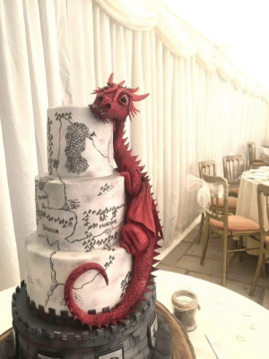 Smaug Wedding Cake: Smaug Wedding Cake