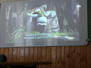 We watched Shrek in english. Best day of my life.: Somebody once told me  the world is gonna roll me  ivaijna Win  Aktivalja a Windows re  9an.  PA We watched Shrek in english. Best day of my life.