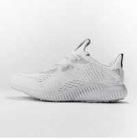 Fresh, Memes, and Kids: Something fresh for the kids just in time for Spring! alphaBOUNCE Aramis is now available at Champs!