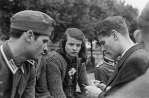 Sophia Magdalena Scholl was a German student and anti-Nazi political activist, active within the White Rose non-violent resistance group in Nazi Germany 🇩🇪  She was convicted of high treason after having been found distributing anti-war leaflets at the University of Munich (LMU) with her brother, Hans. As a result, she was executed by guillotine. ☮️ #Womensday: Sophia Magdalena Scholl was a German student and anti-Nazi political activist, active within the White Rose non-violent resistance group in Nazi Germany 🇩🇪  She was convicted of high treason after having been found distributing anti-war leaflets at the University of Munich (LMU) with her brother, Hans. As a result, she was executed by guillotine. ☮️ #Womensday