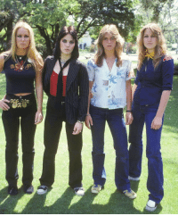 soundsof71:  The Runaways 4th lineup, late 1977 through early 1979: Lita Ford, Joan Jett, Sandy West, and Vicki Blue, by Brad Elterman via photographsofrock: soundsof71:  The Runaways 4th lineup, late 1977 through early 1979: Lita Ford, Joan Jett, Sandy West, and Vicki Blue, by Brad Elterman via photographsofrock