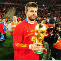 Happy 30th birthday to 2010 FIFA World Cup winner Gerard Piqué! HappyBirthday FelizCumpleaños Pique Spain FCBarcelona @sefutbol @fcbarcelona: SOUTH AFRICA  DE  CAMPEORES Happy 30th birthday to 2010 FIFA World Cup winner Gerard Piqué! HappyBirthday FelizCumpleaños Pique Spain FCBarcelona @sefutbol @fcbarcelona