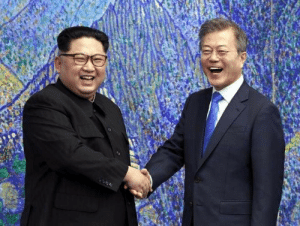 South Korean pop star Psy, famous for his hit song Gangnam Style, meets a fan backstage (2018): South Korean pop star Psy, famous for his hit song Gangnam Style, meets a fan backstage (2018)