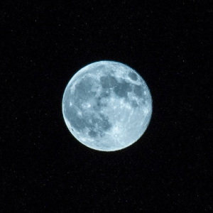 space-pics:  Nice pic of the moon I took: space-pics:  Nice pic of the moon I took