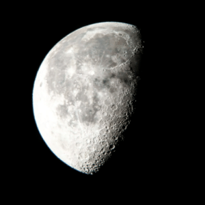 space-pics:  [OC] The Moon last night from sydney: space-pics:  [OC] The Moon last night from sydney