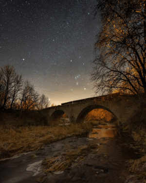 space-pics:  Orion constellation over the old bridge. OC: space-pics:  Orion constellation over the old bridge. OC