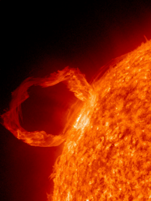 space-pics:  Solar prominence taken from a March 30, 2010 eruption [1200 x 1600]: space-pics:  Solar prominence taken from a March 30, 2010 eruption [1200 x 1600]