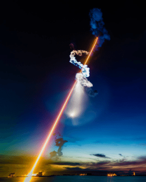 space-pics:  The June 29, 2018 launch of a SpaceX Falcon 9 rocket from Cape Canaveral Air Force Station. This photo is a composite of a 235-second streak shot at f/22 and then a 4-second shot of the plume. This plume was visible across Florida. (Bill Jelen): space-pics:  The June 29, 2018 launch of a SpaceX Falcon 9 rocket from Cape Canaveral Air Force Station. This photo is a composite of a 235-second streak shot at f/22 and then a 4-second shot of the plume. This plume was visible across Florida. (Bill Jelen)