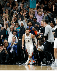 Spurs hit 14 straight threes against the Thunder 🔥: SPPRS  18 Spurs hit 14 straight threes against the Thunder 🔥