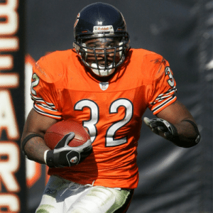 Memes, Bengals, and Peace: SRiddell  32 We mourn the passing of former @ChicagoBears, @Bengals RB Cedric Benson.  Rest In Peace. https://t.co/SzPp1Rjxym