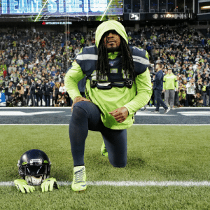 Welcome back, BeastMode.  📺: #SFvsSEA on NBC 📱: NFL app // Yahoo Sports app Watch free on mobile: https://t.co/iuRyhLy3dR https://t.co/iWneR6yMrN: STARESi  PS  MITSUBISHI ELECTRIC  MAWKS  SEAHAHNS e Welcome back, BeastMode.  📺: #SFvsSEA on NBC 📱: NFL app // Yahoo Sports app Watch free on mobile: https://t.co/iuRyhLy3dR https://t.co/iWneR6yMrN