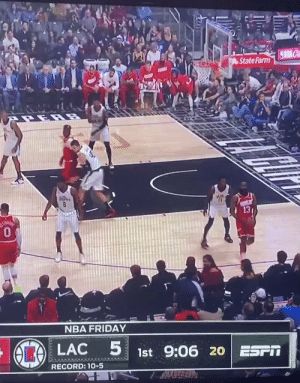 Patrick Beverley flopping like he got tazed https://t.co/xDAHUX1rg2: State Farm  13  0  NBA FRIDAY  LAC  1st 9:06 20 ESPIT  RECORD: 1-5 Patrick Beverley flopping like he got tazed https://t.co/xDAHUX1rg2