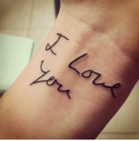 Dad, Life, and Love: stay-ocean-minded:  fuckyeahtattoos:  My dad recently died and this was the last thing he ever said to me. I found a card that had his handwriting and decided that this was something I wanted to look at for the rest of my life. Oh and for the record, I love you too Daddy. Done by Teddy at No Hard Feelings Tattoo in Coral Springs, FL  wow