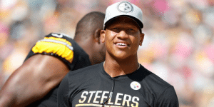 .@steelers toll @RyanShazier's contract into 2019 season, keeping him on the team's roster: https://t.co/01XdFNSFMQ https://t.co/X7CrSG8tI6: STEFLERS .@steelers toll @RyanShazier's contract into 2019 season, keeping him on the team's roster: https://t.co/01XdFNSFMQ https://t.co/X7CrSG8tI6