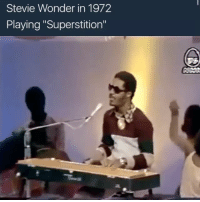 """Jheeze this looks like it was jumping off... 🙌🏾🙌🏾🙌🏾🕺🏾🕺🏾🕺🏾.... we never lose our Rhythm do we: Stevie Wonder in 1972  Playing """"Superstition"""" Jheeze this looks like it was jumping off... 🙌🏾🙌🏾🙌🏾🕺🏾🕺🏾🕺🏾.... we never lose our Rhythm do we"""