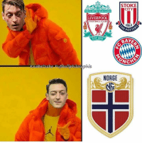 Mesut Özil be like... https://t.co/EBpY3ekYxY: STOKE  CITY  OULL NEVER WALKALONE  LIVERPOOL  FOOTBALL CLUB  1863  POTTE  EST 1892  BAY  nabelsche Fußballphilosephie  NORGE Mesut Özil be like... https://t.co/EBpY3ekYxY