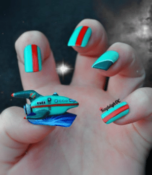 submit-your-nail-art:  Futurama Nail Art. I love it! : submit-your-nail-art:  Futurama Nail Art. I love it!