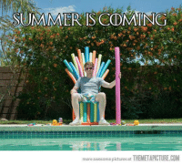 Memes, Summer, and Pictures: SUMMER IS CODMING a  more awesome pictures at  THEMETAPICTURE.COM Mais um dia fresquinho...