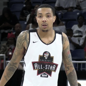 G Herbo out here Hooping!  Who's in your current Rapper starting 5? @gherbo https://t.co/zlwnEkCxfB: SUPPRT  E  ALL-STAR  CLASSIE  2019 G Herbo out here Hooping!  Who's in your current Rapper starting 5? @gherbo https://t.co/zlwnEkCxfB