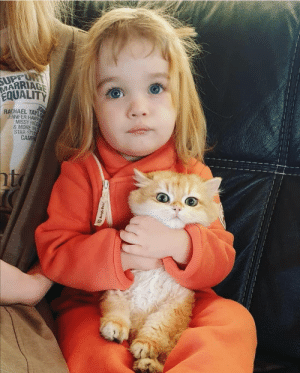 Marriage, Girl, and Heart: SUPPURT  MARRIAGE  EQUALITY  JOIN  RACHAEL TAYL  JENNIFER HAW  MISSY HIGG  &MORE IN  STAR-STU  CAMP  t  Bungly Boot I have no idea who the little girl or kitty is, but MY HEART IS MELTING.