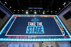 The stage is set.  2 hours until the 2019 @NFLDraft! https://t.co/5bkgizFH1l: TAKE THE STAGE  TAK  AKE THE S  NFL  DRAFT  2019  TAKE THE  STAGE  ON  NFL The stage is set.  2 hours until the 2019 @NFLDraft! https://t.co/5bkgizFH1l