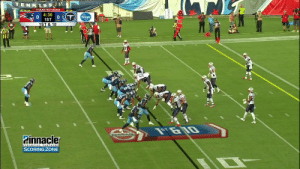The Mariota to @DelanieWalker82 connection 🎯  #NEvsTEN https://t.co/9CwGZUAbQS: TENNESS  TITANS NETWORK  4:36  1ST 0T  1ST & 10  Kroger  NISSAN  Pinnacler  FINANCIAL PARTNERS  SCORING ZONE The Mariota to @DelanieWalker82 connection 🎯  #NEvsTEN https://t.co/9CwGZUAbQS