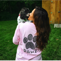 Thanks @_haylstorms for the support in our grapefruit paisley tee! Order now at PawzShop.com 🐶: Thanks @_haylstorms for the support in our grapefruit paisley tee! Order now at PawzShop.com 🐶