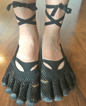 Thanks i hate it. Thong Bowed Toe Shoes...: Thanks i hate it. Thong Bowed Toe Shoes...