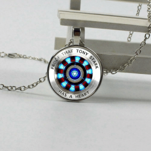 "Cute, Love, and Target: THAT  HAS A  HEART yuki-castle:  endlesshero1122: cute-aesthetics-things:  In memory of Tony Stark ""I LOVE YOU 3000″ = YOU CAN GET ONE HERE =   I WANT IT!!!!   Awww I would have gotten you this. :/"