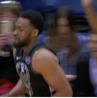 """The Bucks crowd and Knicks bench gave JabariParker a standing ovation for his first game back in almost a year. He drilled his first shot too."" 🙏👏 @houseofhighlights WSHH: ""The Bucks crowd and Knicks bench gave JabariParker a standing ovation for his first game back in almost a year. He drilled his first shot too."" 🙏👏 @houseofhighlights WSHH"
