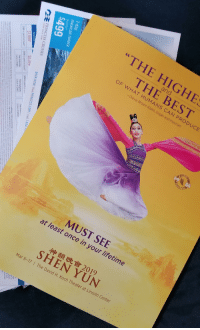 """shen yun: """"THE HIG  and  E BEST  OF  WHAT HUMANS  CAN PRODUCE  -Olevia Brown  -Klahn, sin  and musician  MUST SEE  at least once in your lifetime  神韻晚會2019  SHEN YUN  Mar 6-17 