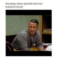 when snooki threw the wine bottle 😂 — follow @bitchy.tweets if you're watching 💓✨🎥: the jersey shore episode that had  everyone shook when snooki threw the wine bottle 😂 — follow @bitchy.tweets if you're watching 💓✨🎥