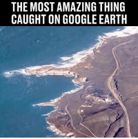 Show this to a mate... 😱👇🏻: THE MOST AMAZING THING  CAUGHT ON GOOGLE EARTH Show this to a mate... 😱👇🏻