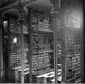 Library, Old, and The: The Old Cincinnati Library, 1874-1955