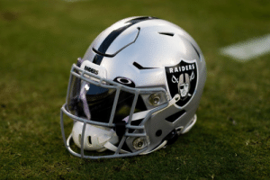 The @Raiders have pledged $1 million to fight COVID-19. https://t.co/BYYHhMK8O8: The @Raiders have pledged $1 million to fight COVID-19. https://t.co/BYYHhMK8O8