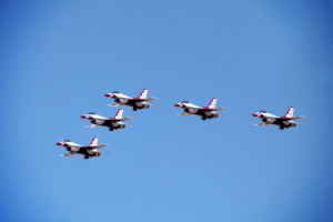 The USAF Thunderbirds flew over Las Vegas hospitals in honor of frontline COVID workers: The USAF Thunderbirds flew over Las Vegas hospitals in honor of frontline COVID workers
