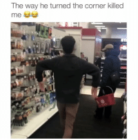 Memes, 🤖, and The Corner: The way he turned the corner killed  me Just shuffling through Credit: @j4ckson7
