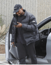 The way Kanye holds his laptop is the richest thing I've ever seen https://t.co/pPSQWAs1kY: The way Kanye holds his laptop is the richest thing I've ever seen https://t.co/pPSQWAs1kY