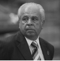 The world of football is saddened by the loss of Anibal Maño Ruiz, who passed away last night in Mexico aged 74. The Uruguayan fainted on the field during the warm-up of Puebla before a match, the team of which he was assistant coach. A popular and respected figure in the game, he lead Paraguay to the 2006 FIFA World Cup after taking over from Cesare Maldini four years previously. Our thoughts are with his family and friends at this sad time.: The world of football is saddened by the loss of Anibal Maño Ruiz, who passed away last night in Mexico aged 74. The Uruguayan fainted on the field during the warm-up of Puebla before a match, the team of which he was assistant coach. A popular and respected figure in the game, he lead Paraguay to the 2006 FIFA World Cup after taking over from Cesare Maldini four years previously. Our thoughts are with his family and friends at this sad time.