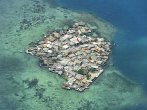 Tumblr, Blog, and Colombia: thingsfittingperfectly:  Caribbean town grows to perfectly fit its island. Santa Cruz, Colombia.