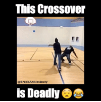 Tag someone you'll cross like this 😂👇🏽: This crossover  @Break Ankles Daily  is Deadly Tag someone you'll cross like this 😂👇🏽