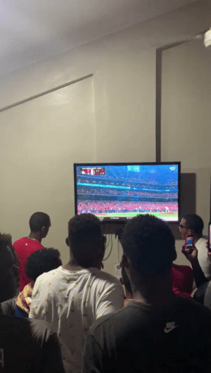 This is so pure. Dominican Academy's reaction to Soto's home run.  https://t.co/I5dwZVqQFx: This is so pure. Dominican Academy's reaction to Soto's home run.  https://t.co/I5dwZVqQFx