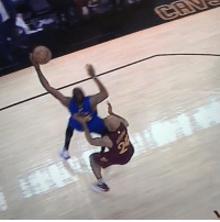 This last play of the game was a pretty clear foul. Another one of many plays that the officials botched in favor of the Cavaliers.: This last play of the game was a pretty clear foul. Another one of many plays that the officials botched in favor of the Cavaliers.