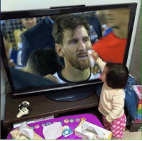 This little girl cares for Lionel Messi...: This little girl cares for Lionel Messi...