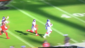 This pretty much sums up the Giants defense  https://t.co/5Cci6JRxMS: This pretty much sums up the Giants defense  https://t.co/5Cci6JRxMS