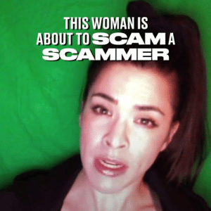 This woman fought fire with fire and pranked an internet scammer. He must be feeling pretty stupid right now... 😂: THIS WOMAN IS  ABOUT TO SCAMA  SCAMMER This woman fought fire with fire and pranked an internet scammer. He must be feeling pretty stupid right now... 😂