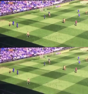 Throwback to when a Reading player took a throw-in from the edge of the shadow instead of the edge of the pitch and got away with it. 😂😂🤣.  https://t.co/uhCXB3dta0: Throwback to when a Reading player took a throw-in from the edge of the shadow instead of the edge of the pitch and got away with it. 😂😂🤣.  https://t.co/uhCXB3dta0